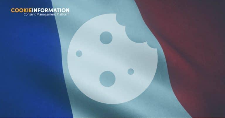 Image d'un drapeau français avec un cookie par dessus et le texte: La CNIL met sa règlementation sur les cookies en application